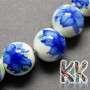 Handmade porcelain beads with a painting in the decor of flowers and a glazed surface in the shape of balls with a diameter of 8 mm and a thread with a width of 2 mm. The beads are made of genuine handmade Chinese porcelain, so each bead is original. THE PRICE IS FOR 1 PCS.