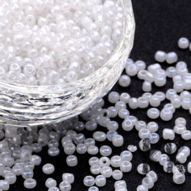 Chinese seed beads - opaque Ceylon - 8/0 - weight 1 g