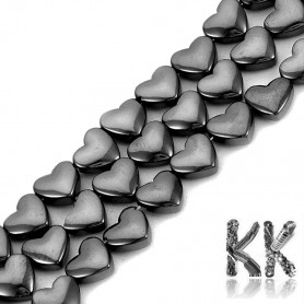 Synthetic mag. hematite - 6 x 5.5 x 3 mm - heart